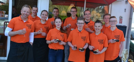 Snack77 Oostsingel: nu ook op zondag open!